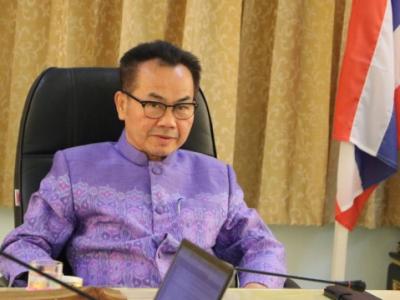 ดร.มโน ชุนดี ผอ.สพป.ลพบุรี เขต 2 ร่วมประชุมปฏิบัติการ การใช้ระบบ GPAX OBEC ของสำนักงานคณะกรรมการการศึกษาขั้นพื้นฐาน  สำหรับโรงเรียนที่เปิดเรียนระดับชั้นมัธยมศึกษาปีที่ 6