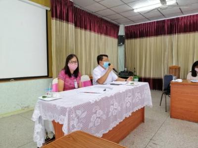 ดร.มโน ชุนดี ผอ.สพป.ลพบุรี เขต 2 มอบหมายให้นางสาวภัทรพร เกตุเกิด ศึกษานิเทศก์  และนายธีระศักดิ์ รุ่งเรื่อง ประธานกลุ่มโรงเรียนท่าหลวงสัมพันธ์ พร้อมด้วย ผอ.รร. กลุ่มโรงเรียนท่าหลวงสัมพันธ์  ประชุมเพื่อติดตามการเตรียมความพร้อม การจัดการเรียนการสอนทางไกลผ่าน