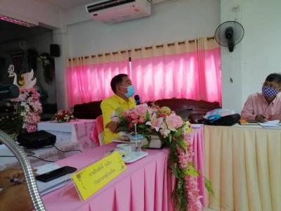 ดร.ประชา แสนเย็น  รอง ผอ.สพป.ลพบุรี เขต 2 พร้อมด้วย นายธีระศักดิ์ รุ่งเรือง ประธานกลุ่มโรงเรียนท่าหลวงสัมพันธ์  และ นางสาวภัทรพร เกตุเกิด ศึกษานิเทศก์  ประชุมทำความเข้าใจเกี่ยวกับการเตรียมความพร้อม เปิดภาคเรียน และจัดทำแผนการบริหารจัดการเรียนการสอน